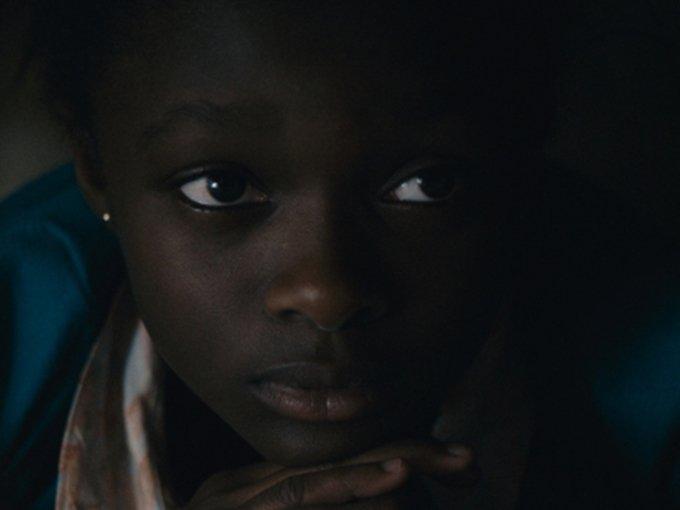 Kadr z filmu Maman(s), reż. Maïmouna Doucouré